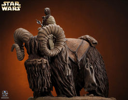 BANTHA AND TUSKEN RAIDER STATUE