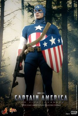 Captain America: Star Spangled Man Sixth Scale Figure SDCC 2013 Exclusive MMS205