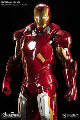 The Avengers: Iron Man Mark VII Legendary Scale Figure