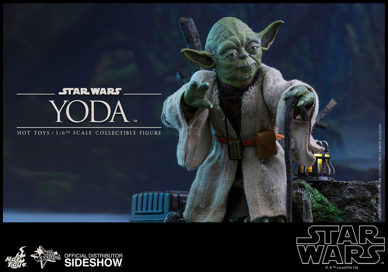 Star Wars: Yoda - Series Sixth Scale Figure