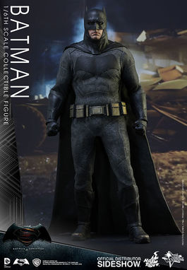 MMS342 Batman vs Superman Dawn of Justice: Batman Sixth scale Figure