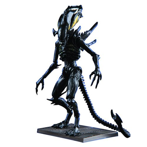 Aliens: Xenomorph Spitter 1:18 scale AF