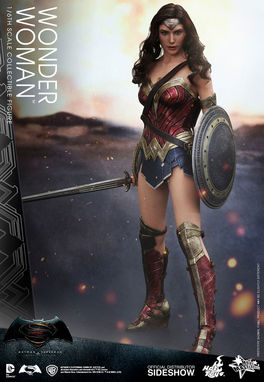 Batman vs Superman: Wonder Woman 1:6 Scale Figure MMS359