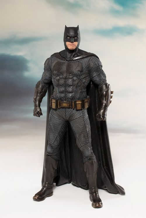 DC Comics: Justice League Movie - Batman Artfx+ PVC Statue