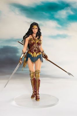 DC Comics: Justice League Movie - Wonder Woman Artfx+ PVC Statue