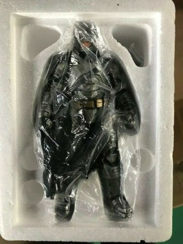 Armored Batman 1:10 Scale Statue Batman v Superman